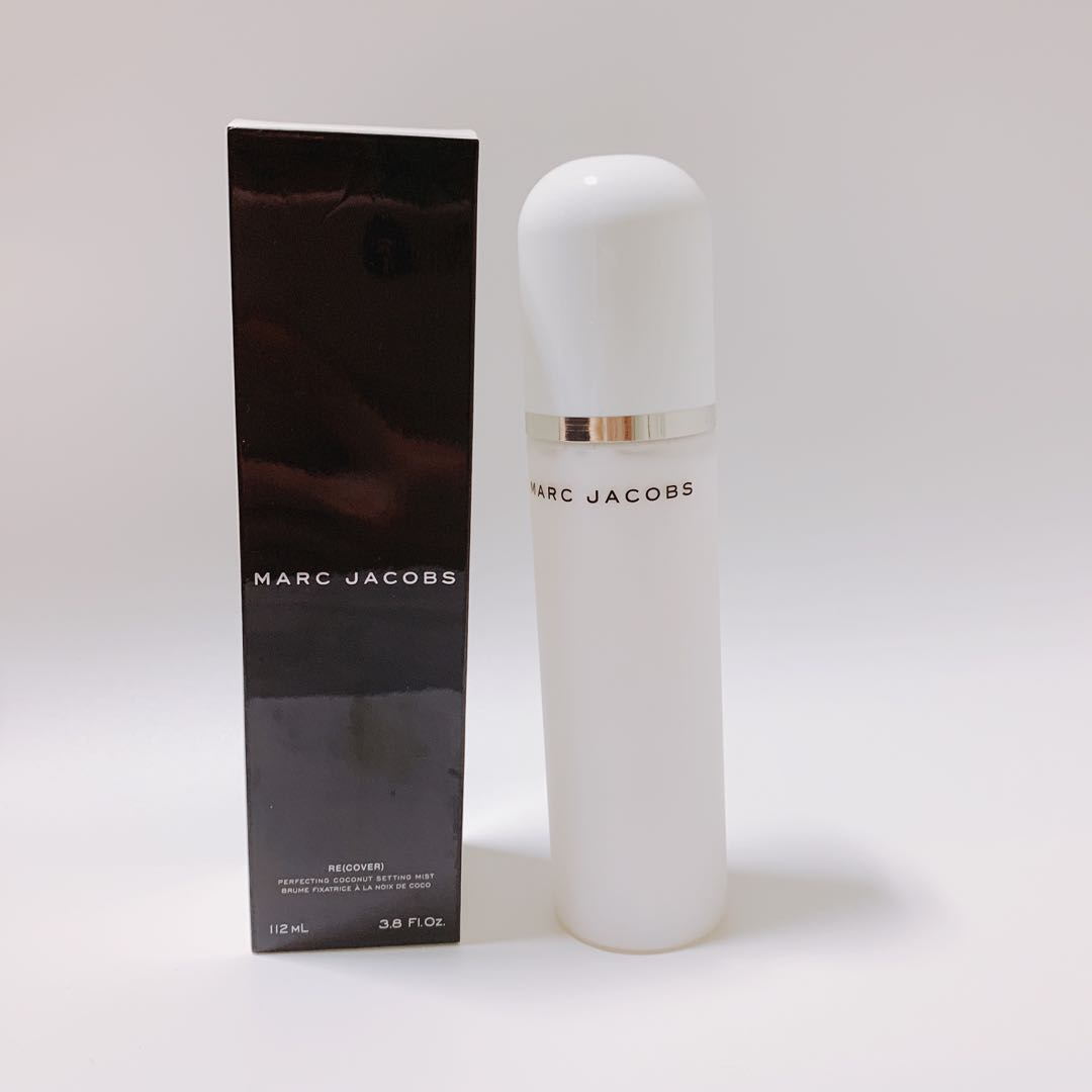 3b7be575587e Marc Jacobs Re(cover) perfecting coconut setting mist