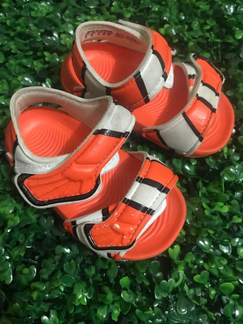 a4395adfc73d0e Original Adidas Disney Pixar Akwah 9 Nemo Sandals Size 3K for 6 to 9 ...