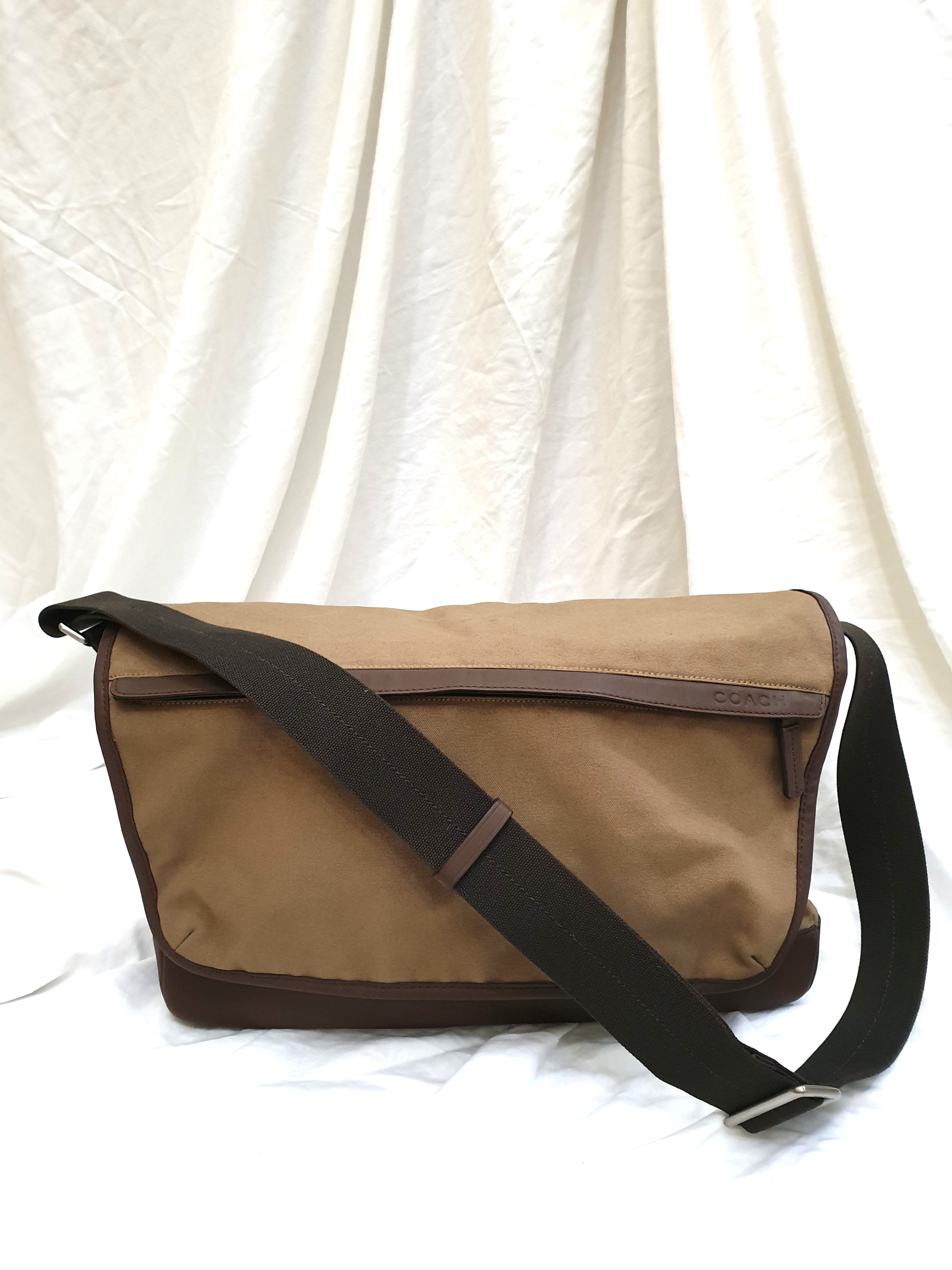 128125f9ca9 Price reduced  Authentic Coach Canvas Messenger Bag, Luxury, Bags ...