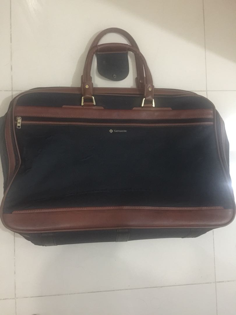 Travelling suitcase Samsonite original elegan 5795fbb55c