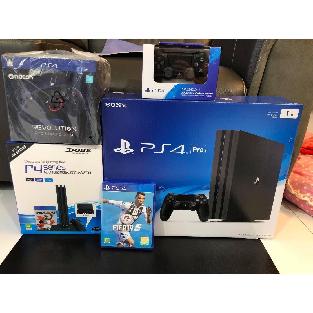 USED PS4 Pro With FIFA 19, Toys & Games, Video Gaming