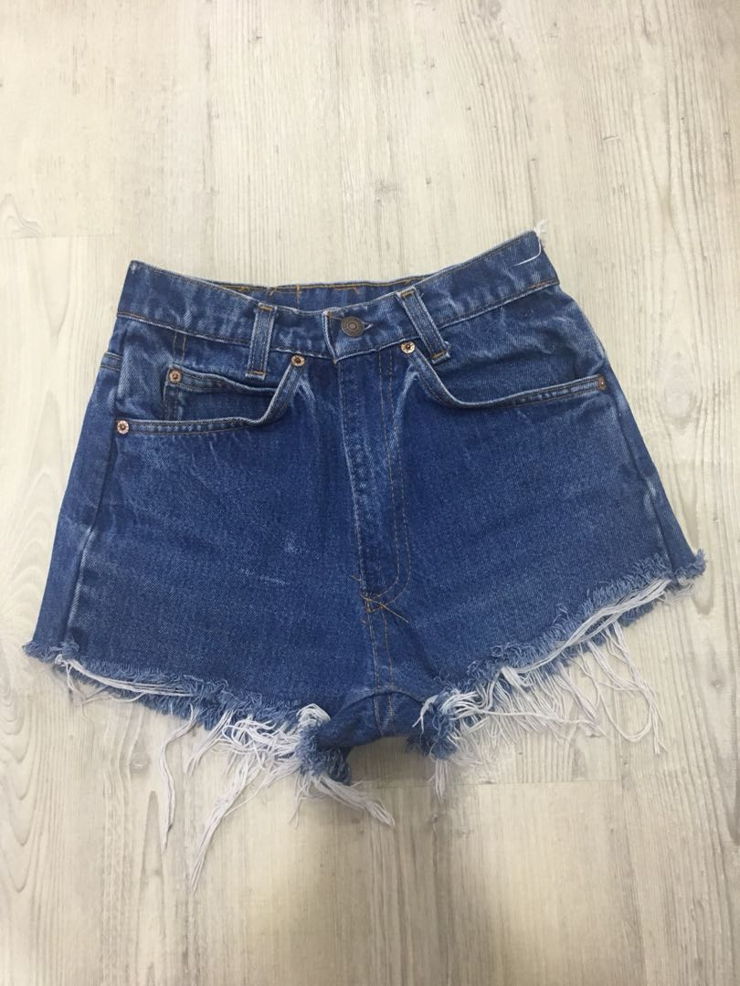 7b9766ab Vintage LEVIs High Waist Shorts, Women's Fashion, Clothes, Pants ...