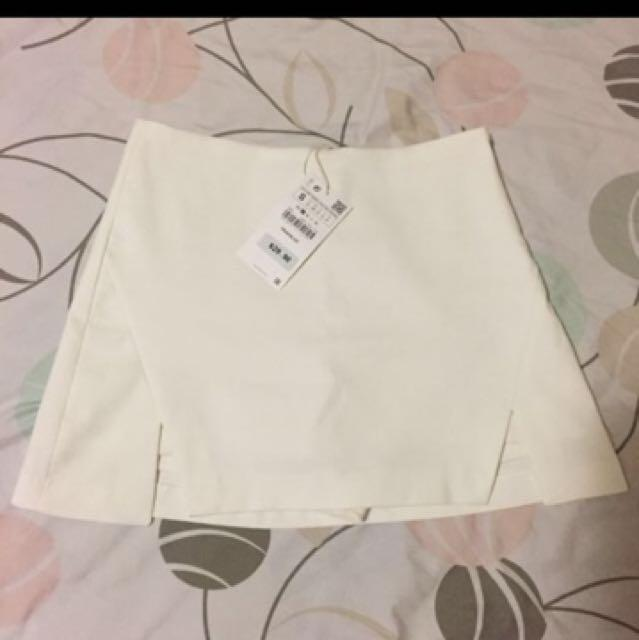 Zara White Skirt with side slits