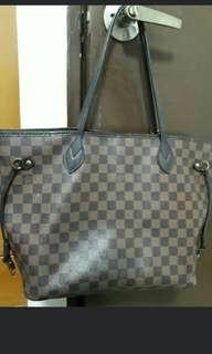 Lv neverfull damier handbag , in good condition * chat to buy if int