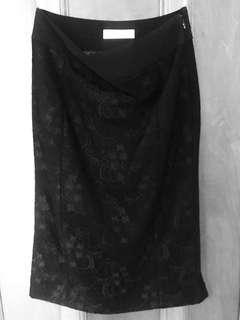Alannah Hill Size 6 black fitted skirt with lace detailing - near new