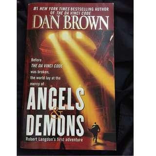 book- dan brown angels & demon