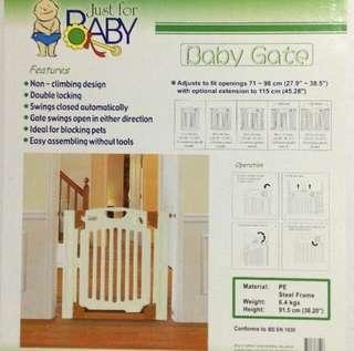 Baby gate安全柵欄