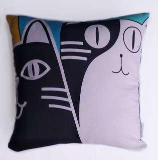 Bantal Sofa Multifungsi Motif Kucing
