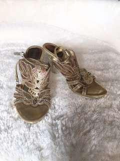 Sepatu Heels Lawrensia