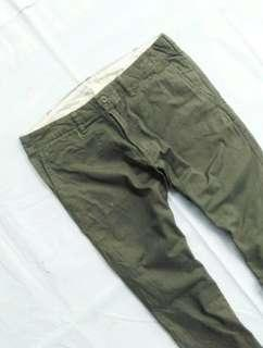 Size 34 Celana Chino Chinos Uniqlo Olive Green not hnm levis