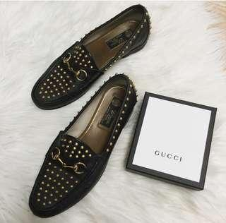 Authentic Gucci horsebit size 7 loafer