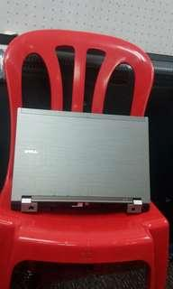 Dell Laptop i5 murah2 very nice condition new battery