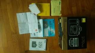 Nikon D70 box and manual