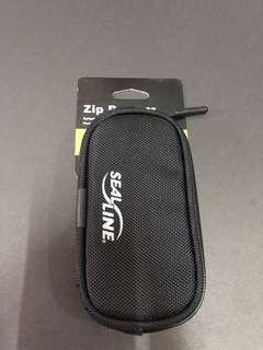 SealLine splashproof zip case