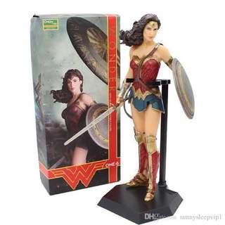 crazy toys wonder woman 1/6th scale figurine