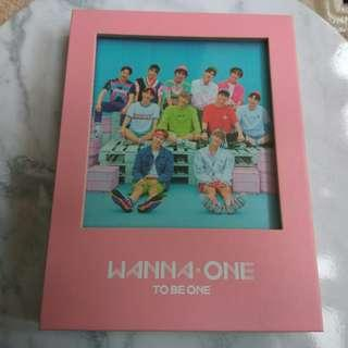 Wanna One Pink Version with pcs