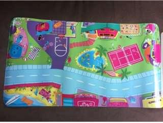2003 Polly Pocket Magnetic Activity Mat & Carrying Case