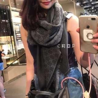 🚚 Gucci 羊毛方巾 (深粉、藍黑)