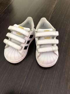 Adidas Kids Shoes sie 5k
