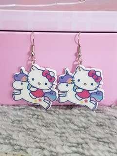 Brand New ~ Hello Kitty acrylic Earring