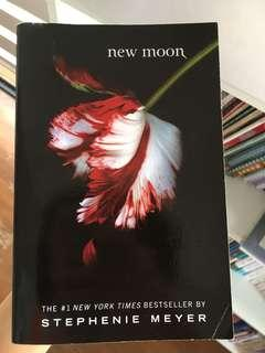 new moon (twilight) stephanie meyer