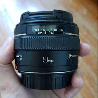 Canon EF 50mm f1.4 lens