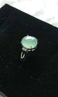 Greenish Translucent Type A Myanmar Jade (Jadeite) Cabochon on 925 Silver Ring. 晴底糯冰缅甸玉翡翠925银女戒
