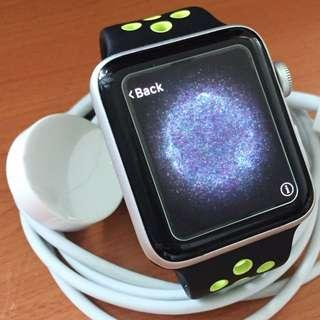 有 Apple Care Watch S2 42mm GPS Version. 銀色 Nike 錶帶 版本