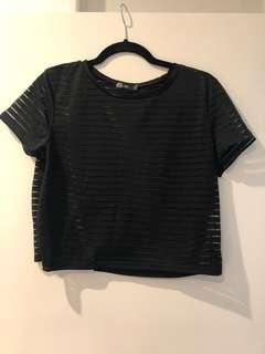 Crop T-shirt - size L (oversized for 8/10)