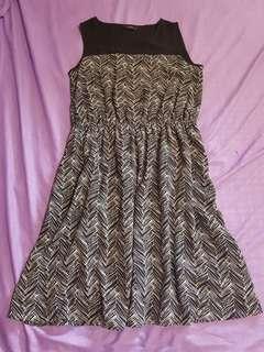 Sleeveless Iora Dress