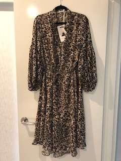 Here comes the sun - Leopard dress size 12