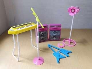 Barbie band 房場景