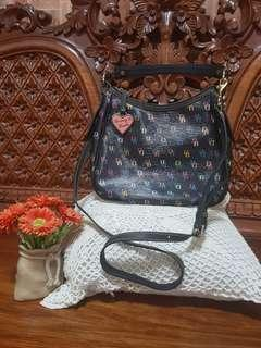 💯% Original Dooney & Bourke Hobo Bag