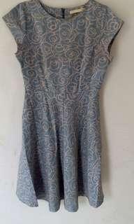 Dress minimum