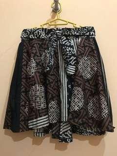 [NEW] Rok Flare Batik Pendek