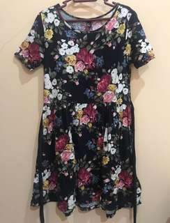 FOREVER 21 Flower Casual Dress