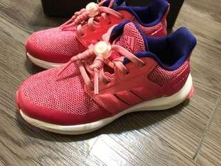 🚚 adidas 童鞋運動鞋28碼