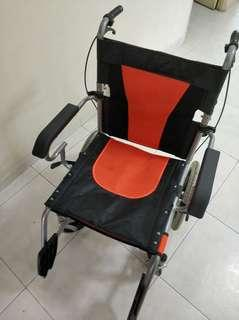 Light foldable wheelchair 12 kg