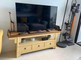 "46"" LED TV SHARP Excellent condition"