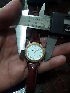 ACCURY    WATCH