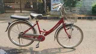 Sepeda Keranjang Merk United Edisi Merah Ferrati
