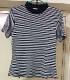 bossini 樽領短袖衫Size:7 ~厚款