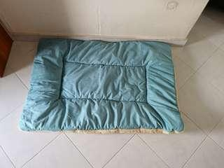 Dual sided Pet mat/bed