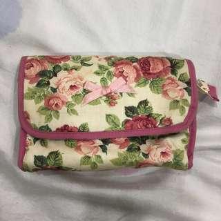 🚚 Naraya 曼谷包 化妝包 玫瑰花化妝包 補妝必備