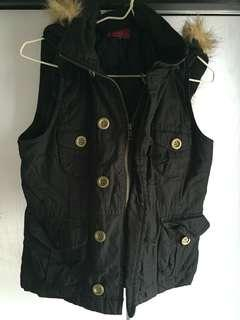 Ozoc Black Zipper Vest