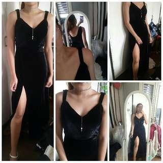 Velvet black gown for rent