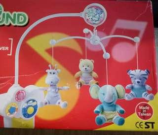 Baby cot mobile with music