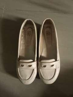 Wedges white Br shoes