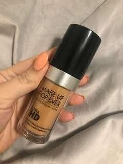 Make up for ever ultra he foundation