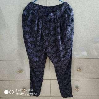 紫藍暗花哈倫褲